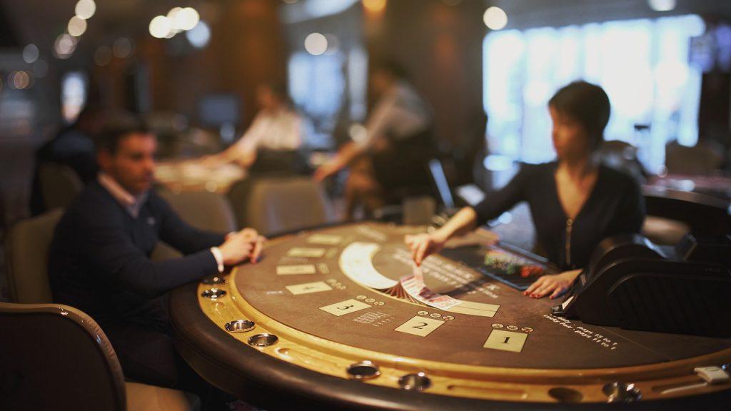 Cum sa castigi la Blackjack